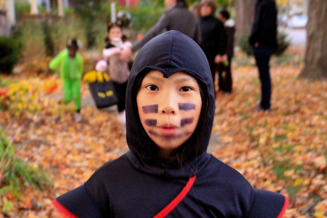 The Best Neighborhoods in Chicago for Trick or Treating