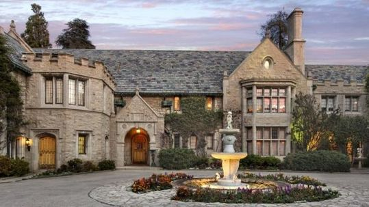 10 Most Famous Houses In Los Angeles